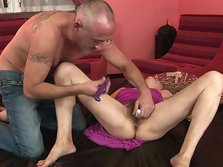 Mature makes a dream of never-ending dick sucking a reality