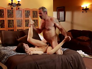 Brunette just loves to suck and can't say No to her hard dicked bang buddy