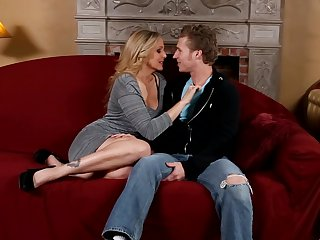 Blonde Julia Ann wants Michael Vegass sausage in her mouth desperately and gets it