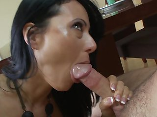 Dane Cross wants to bang sultry Zoe Holloway's juicy mouth forever