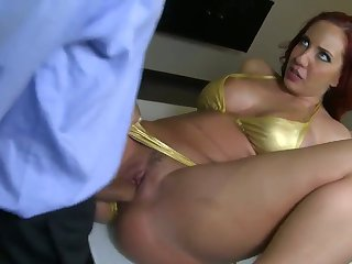 Tattooed Kelly Divine with bubbly ass and smooth twat loses control after Voodoo puts his sturdy cock in her mouth