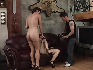Brunette asian Annie Lee loves the way dude fucks her wet hole in interracial porn action
