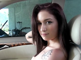 Tattooed cutie Naiomi Mae sucks for money